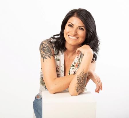 Ester Memeo podcast coach cover